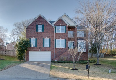 812 High Point Trace, Nashville, Tennessee 37221, 4 Bedrooms Bedrooms, ,2 BathroomsBathrooms,Single Family Home,Sold Listings,Traceside,High Point Trace,1037